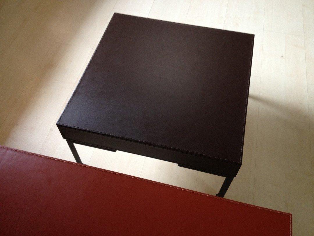 tavolino cuoio