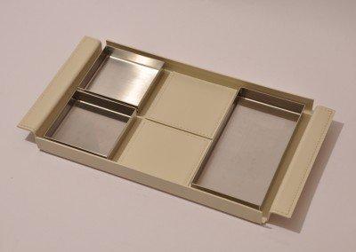 vassoio cuoio bianco composizione 3